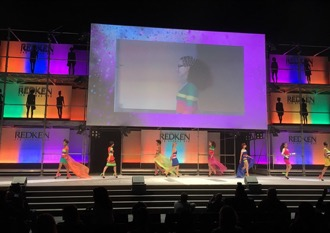 REDKEN SYMPOSIUM INTERNATIONAL LOOKS NEWS