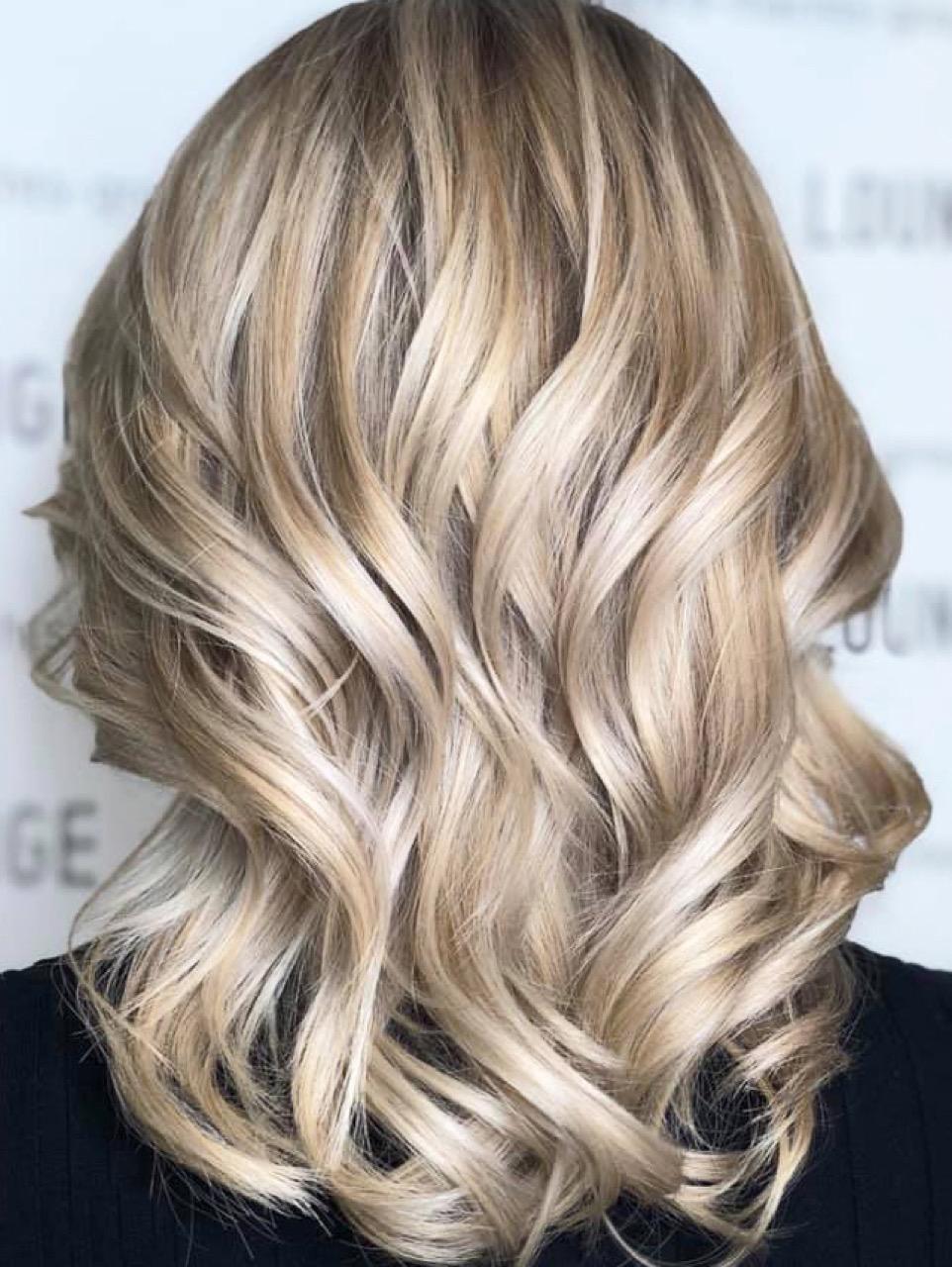 Haarfarbe blond schonend