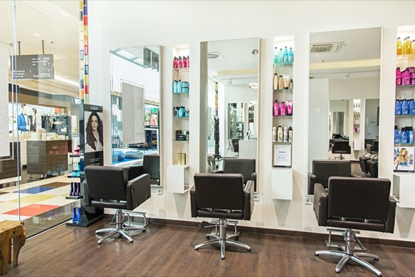 FRISEURSALON BERLIN D MACHTS LOUNGE MALL OF BERLIN