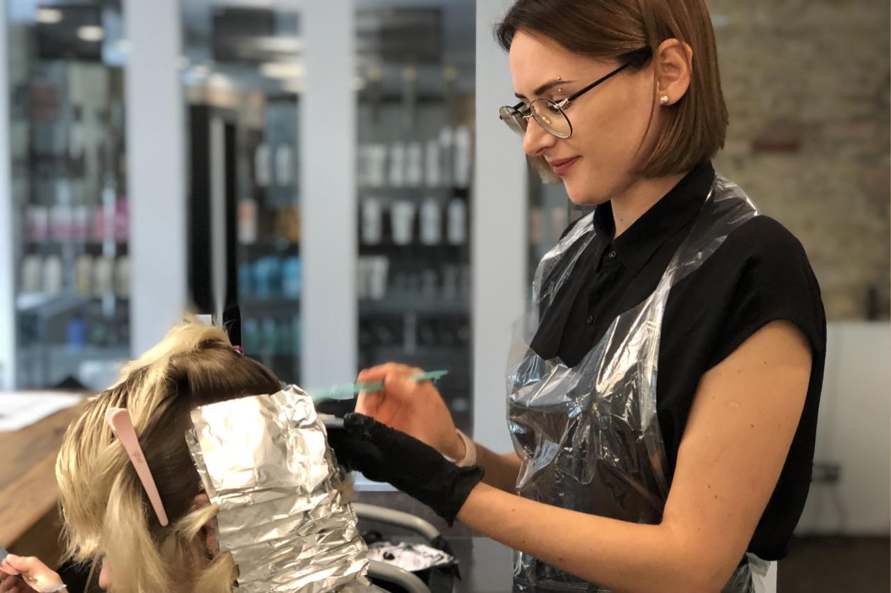 Friseur Berlin Friseursalon Friseurschule D Machts Group