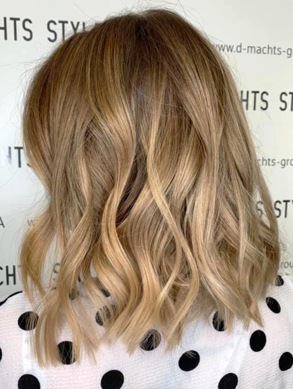 Haare frisuren blonde halblange Frisuren halblange