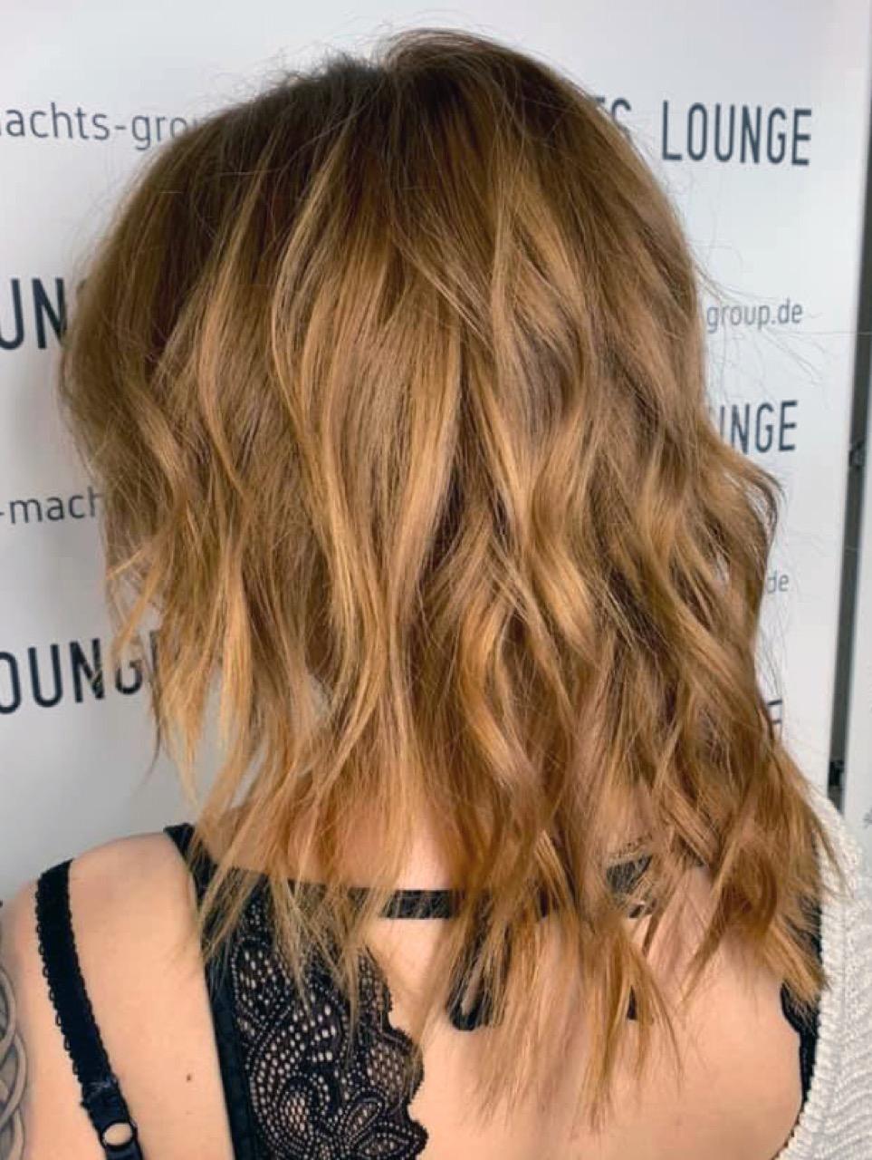Schulterlange blonde haare