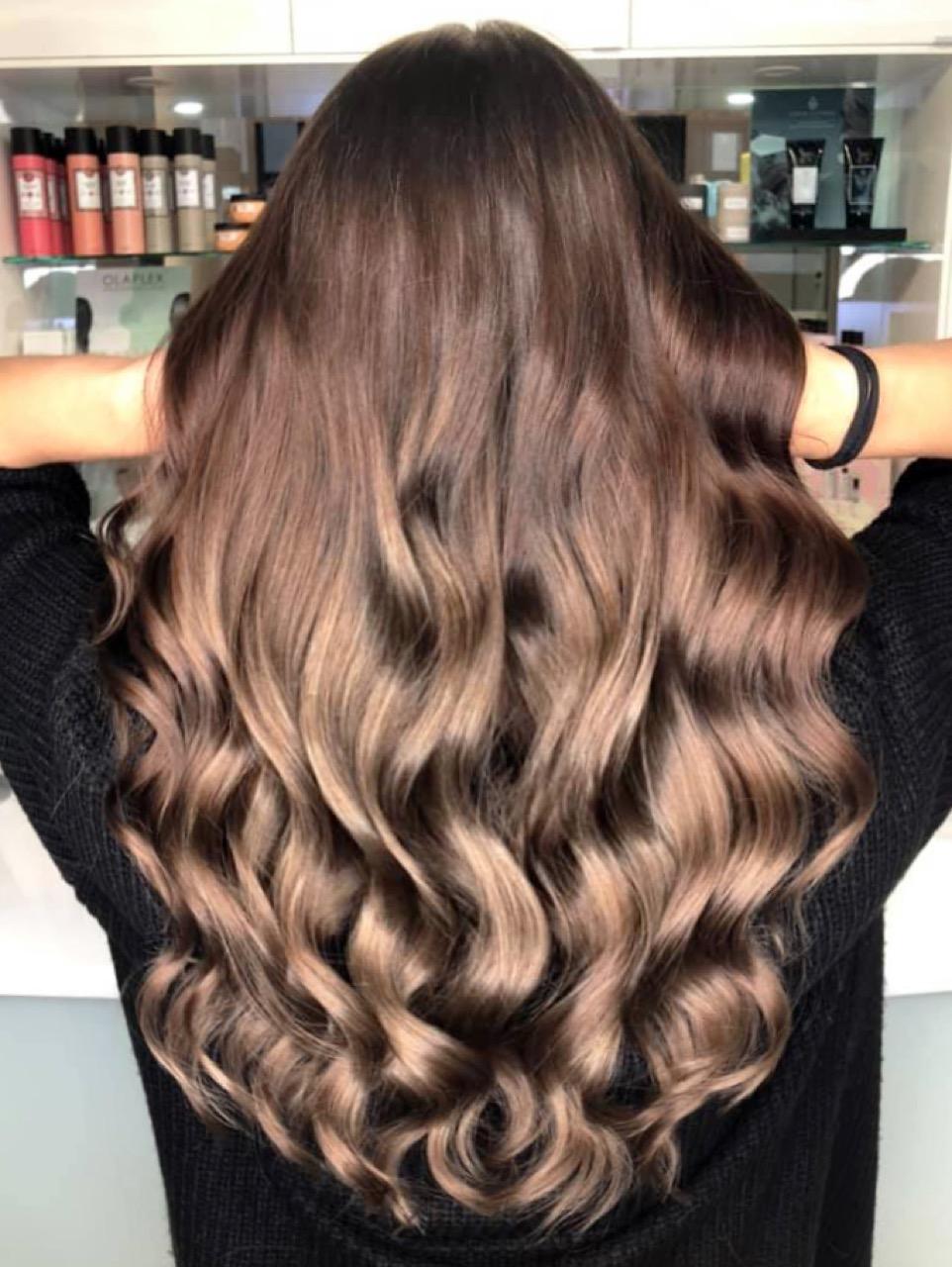 Färben haare braun mit strähnen blonden 50 Stilvolle